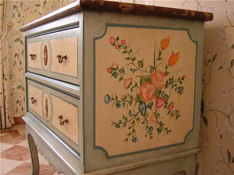 Mi blog y yo el blog de ana bonal - Muebles decorados a mano ...