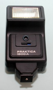 Praktica 1600 electronic flash