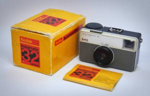 Kodak Instamatic 32 2