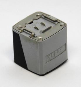 Kodak Instamatic Atlas flashcube holder 3