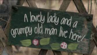 Letrero en el jardín de Trevor y Mags