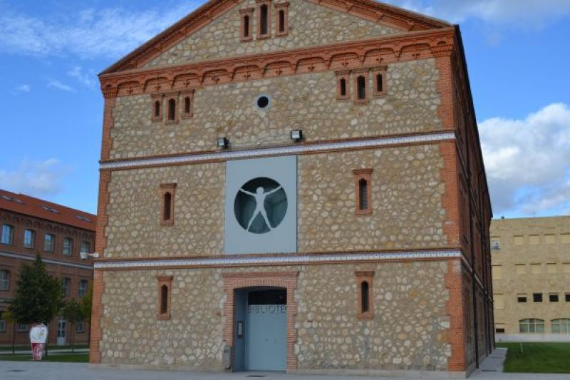 Biblioteca Claudio Rodriguez. Exterior